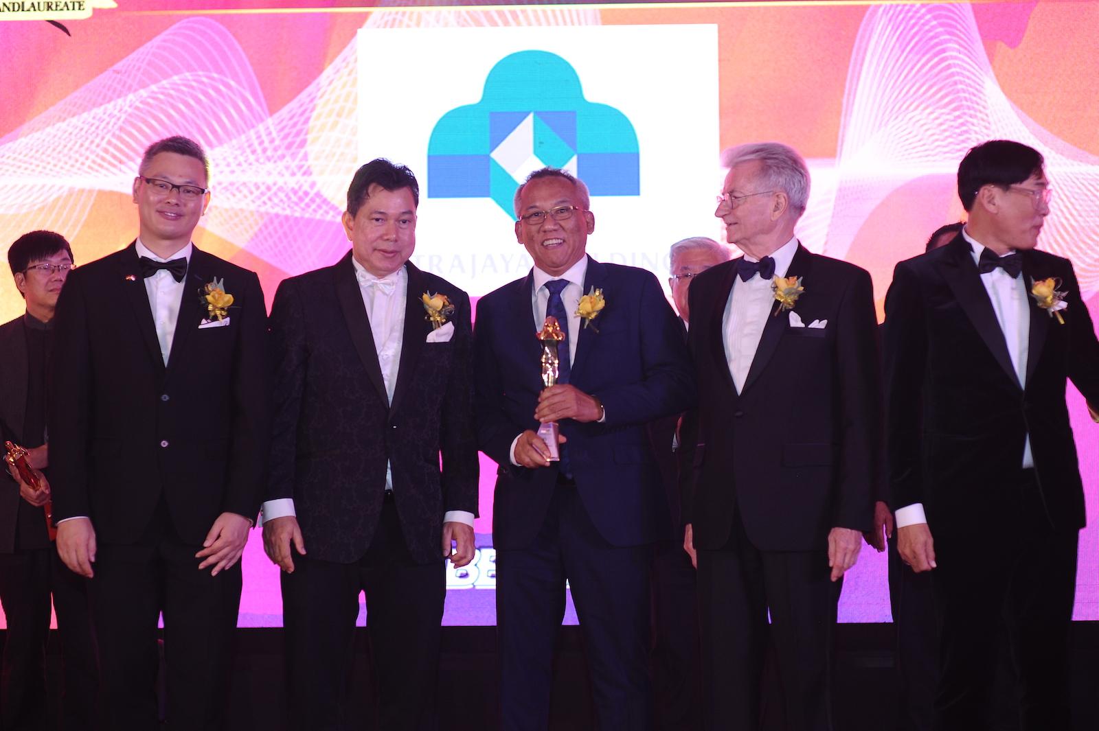 31 October 2019: THE BRANDLAUREATE WORLD BESTBRANDS AWARDS 2019 1