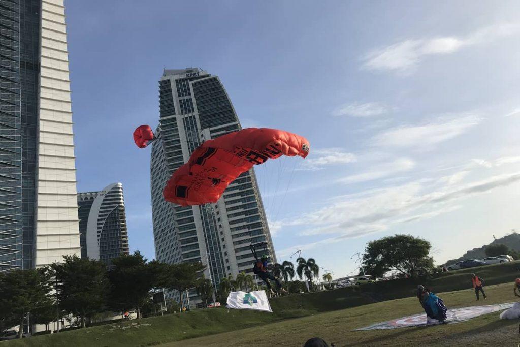 1 Feb 2020 Putrajaya Base Jump 3