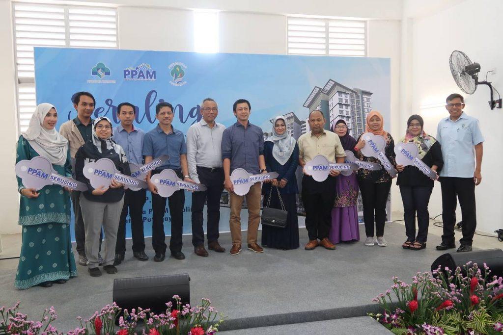 7 Nov 2019: Projek Perumahan Awam Malaysia (PPAM) Seruling - Handing over keys to purchasers 5